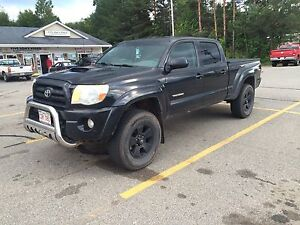 2005 Toyota Tacoma TRD Sport double cab *with brand new frame