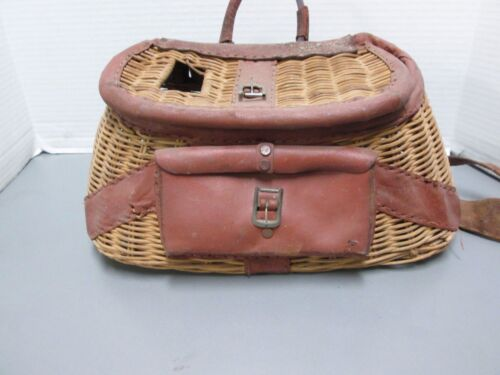 VINTAGE ANTIQUE FISHERMANS TROUT & FLY FISHING CREEL WICKER BASKET