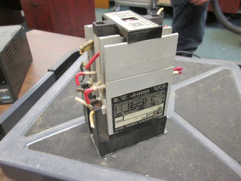 Square D Control Relay 8501X060 Used