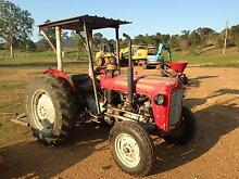 MASSEY FERGUSON MF35 DIESEL TRACTOR & EQUIPMENT Kilcoy Somerset Area Preview