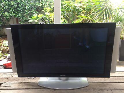 50 inch Pioneer plasma TV