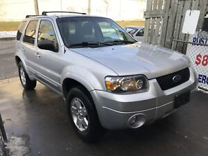 2007 Ford Escape AWD Limited Low Kms