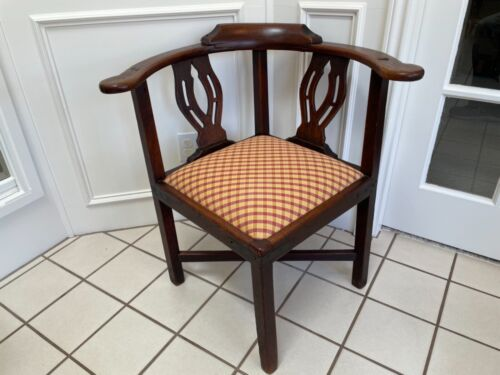 ANTIQUE ENGLISH GEORGIAN HEAVY DARK OAK CORNER CHAIR WITH UPHOLSTERED SEAT
