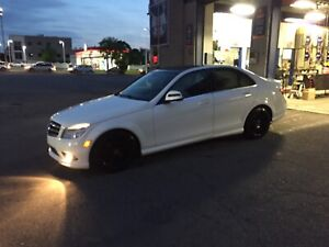 Mercedes-benz C350 amg package bas millage