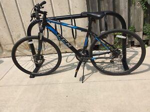 CCM Krossport Men's Hybrid Bicycle