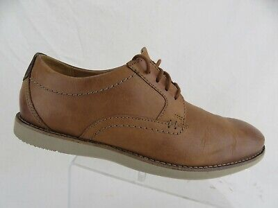 CLARKS Plain-Toe Brown Sz 7 M Men Lace-Up Oxfords