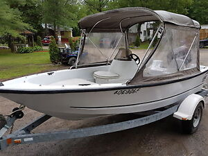 2001 Logic 15 with 40 hp Mercury oil injected and trailer