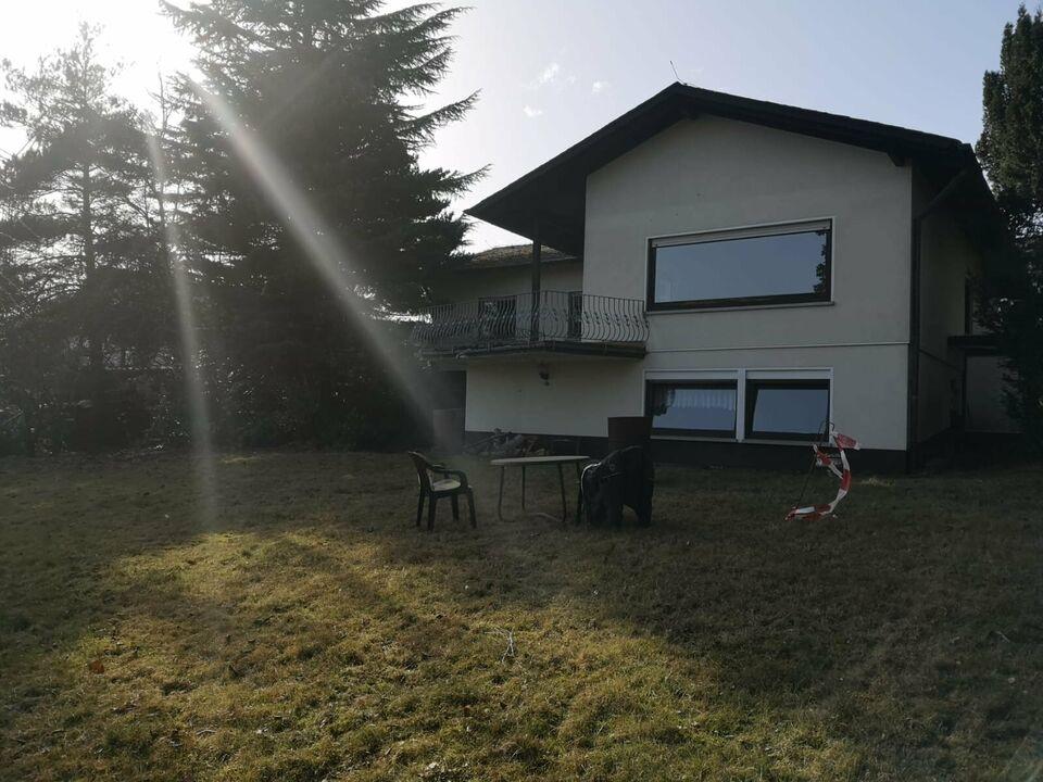 Einfamilienhaus + Einliegerwohnung + 800m² Bauland oder 1700m² Bauland bei Abriss in Montabaur