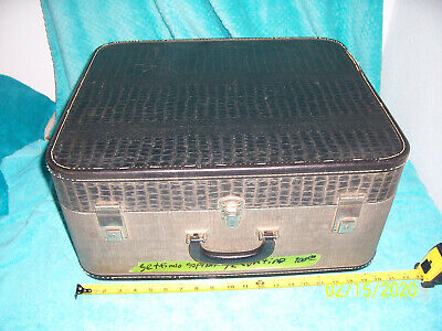 Settimio Soprani Gray 120 bass  Accordion case only Accordian used Cond Suitcase