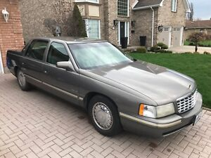 1998 Cadillac DeVille AS IS WHERE IS in Welland