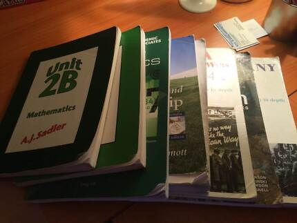 Year eleven (11) textbooks Kinross Joondalup Area Preview