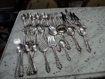COMMUNITY SILVER ARTISTRY SILVERPLATE  114) PCS FLATWARE