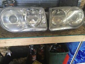 Chrysler 300 hid headlights