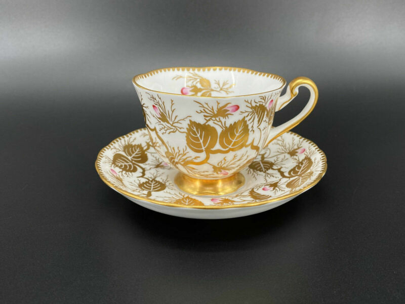 Royal Chelsea 193A Gold Leaves Tea Cup and Saucer Set Bone China England