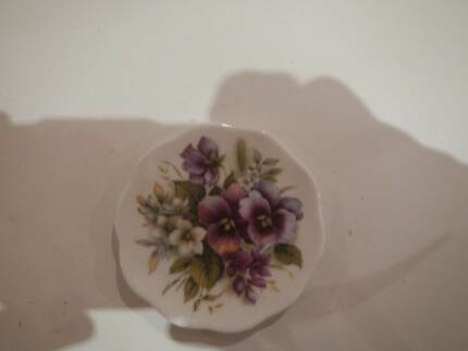 FLORAL PIN DISH ENGLAND FINE BONE CHINA FLOWERS VIOLETS PANSIES