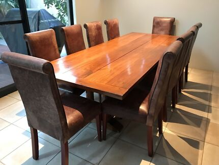 Indonesian Mahogany Dining Table 10 Leather Chairs