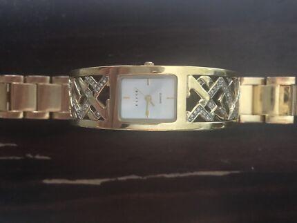 Wanted: Elite ladies gold watch