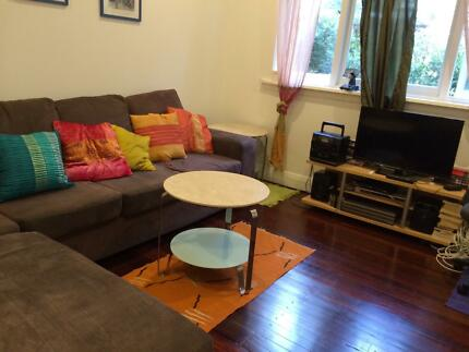 Bondi Beach. 3 friends wanted for triple room in furnished 2 br