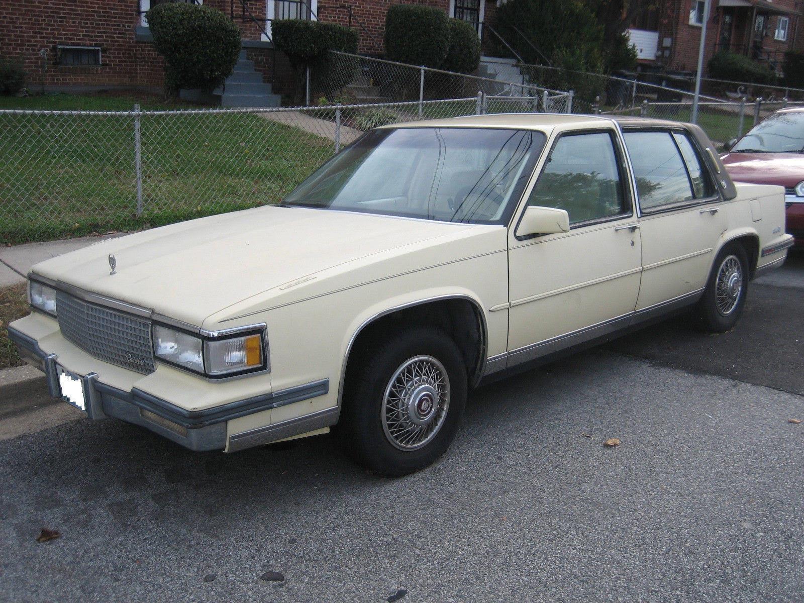 1988 Cadillac DeVille Sedan 1988 Cadillac Sedan DeVille (Vintage) 1 Owner NO RESERVE RUNS WELL