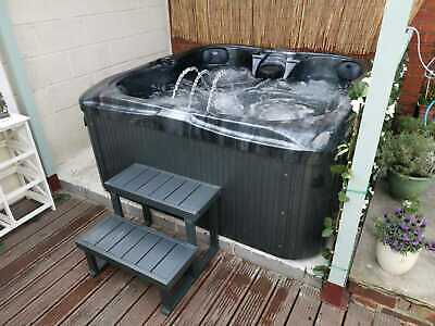 NEW PALM SPAS MOJITO LUXURY HOT TUB SPA 4 SEATS BALBOA MUSIC BLUETOOTH PLUG PLAY