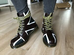 Dr. Martens - Union Jack - Women size 6 US