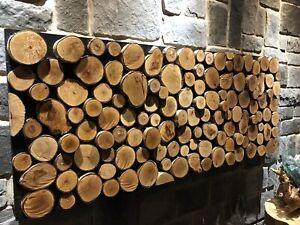 Tableau en rondins de bois