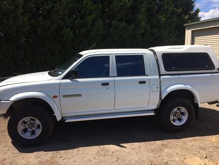 2000 Mitsubishi triton duel fuel 3ltr lots spent. Sw@ps sell