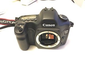 Canon 5D Mark 1 SLR