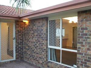 3 Bedroom Air conditioned Private Rental Crestmead Crestmead Logan Area Preview
