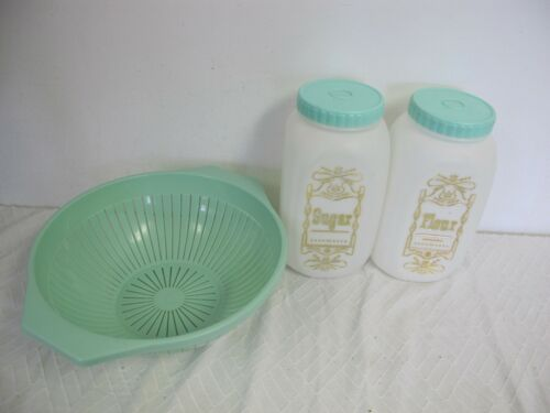 VINTAGE BEE KITCHEN  PLASTIC CANISTERS  MINT GREEN TOPS - GENSINI STRAINER