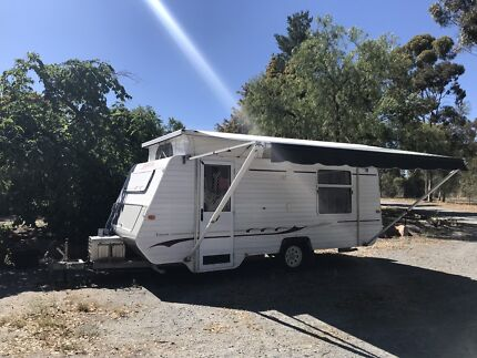 Majestic pop top bunks caravan sleeps 4 Greenwith Tea Tree Gully Area Preview