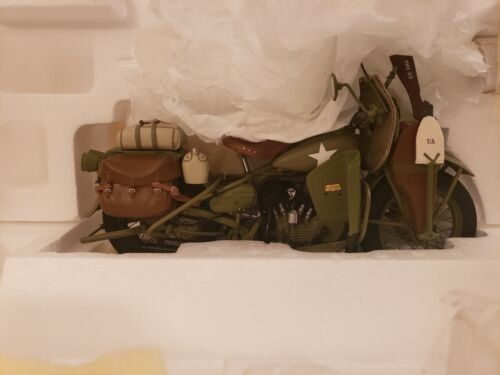 FRANKLIN MINT HARLEY DAVIDSON 1942 WLA WARHORSE