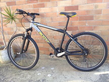 Scott mountain bike, Medium size, new tyres  Neutral Bay North Sydney Area Preview