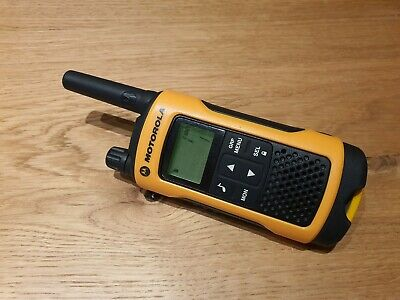 Motorola TLKR T80 Extreme Walkie Talkie ☆ EXCELLENT CONDITION - FAST DISPATCH ☆