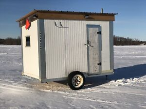 10'x7' insulated ice hut.