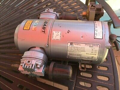 Gast 3lba-32-m00x Piston Air Compressor Vacuum Pump Used In Working Condition