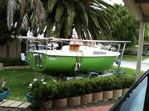 Dennis TS500 Trailer Sailer Yacht Sailboat Port Kennedy Rockingham Area Preview