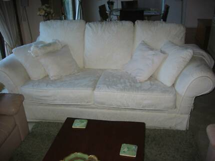 Long, comfy family-size white couch - Must clear this weekend