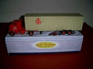 Dinky Supertoy no. 948 Tractor Trailer McLean St Kilda East Glen Eira Area Preview