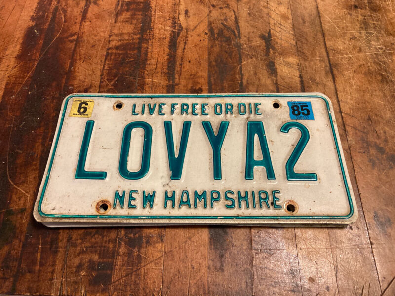1985 New Hampshire Vanity License Plate -LOVYA2-