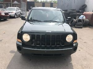 2010 Jeep Patriot North Edition 4cylinder 4X4 212000km 2899$