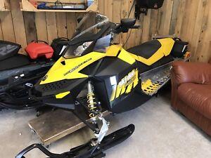 Ski-doo MXZ 600- vente rapide !!