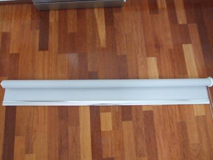 Roller Blind As NEW