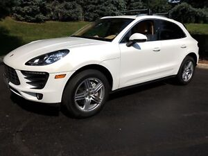 2015 Porsche Macan S, Navigation, Leather, Panoramic Sunroof, AW