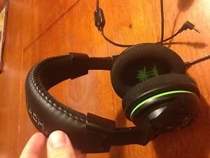 Turtle beach x32 Headphones London Ontario image 2