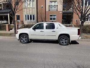 2013 Chevrolet Avalanche 4x4 - PRICE REDUCTION