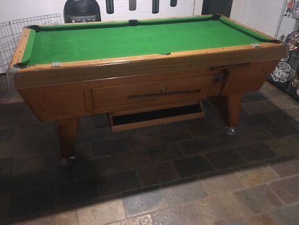 Pool Table X Refurbished Weatherproof Coin Operated - Old school pool table