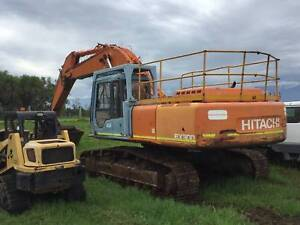 30 TON EXCAVATOR FOR HIRE!!!!! CHEAP RATES!! Nelsons Plains Port Stephens Area Preview