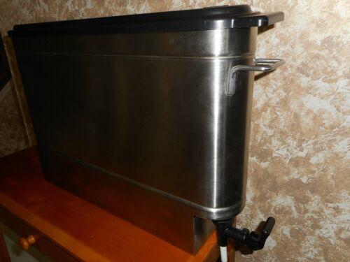 Grindmaster Stainless Steel Iced Tea Dispenser 2.5 - 3 Gallon