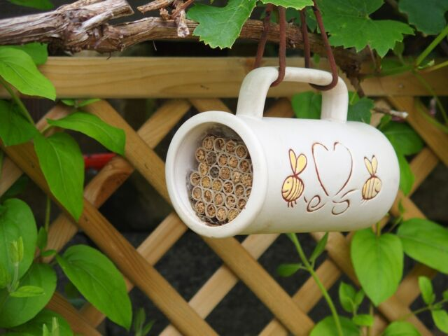 FLOWERS LOVE BEES POLLINATOR HOUSE Wildlife World Ceramic | FREE Fast Delivery!